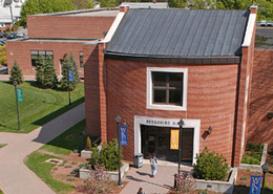 Berkshire Hall Entrance in Summer